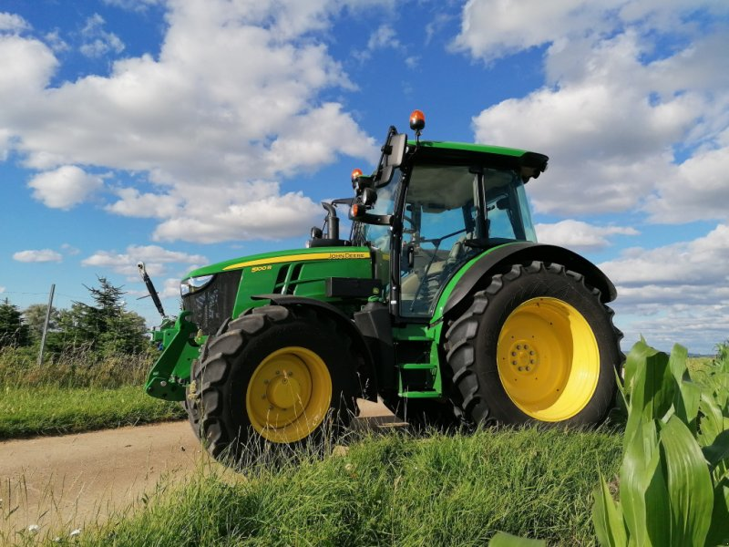 Traktor типа John Deere 5100 R, Gebrauchtmaschine в Hilpoltstein (Фотография 1)
