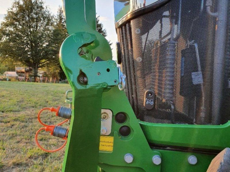 Traktor des Typs John Deere 5100 R, Gebrauchtmaschine in Reichartshausen (Bild 3)