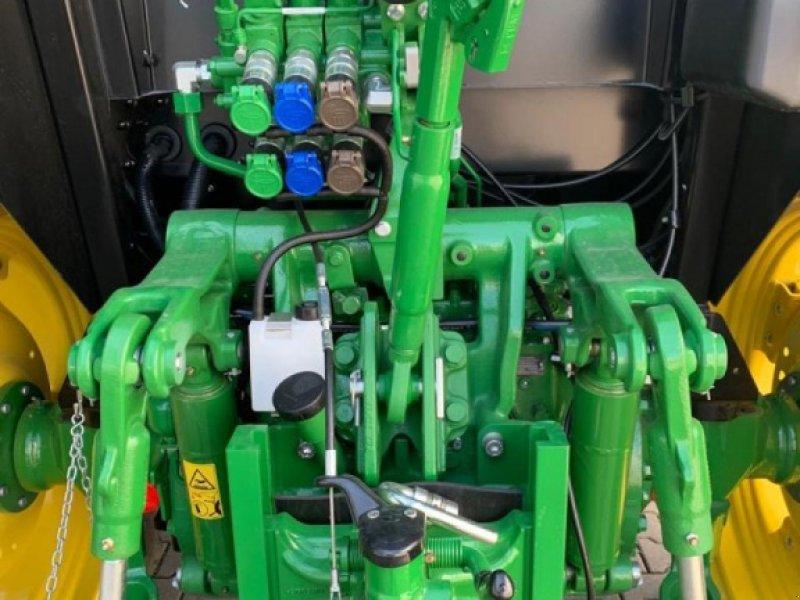 Traktor des Typs John Deere 5100M, Gebrauchtmaschine in Worms (Bild 7)