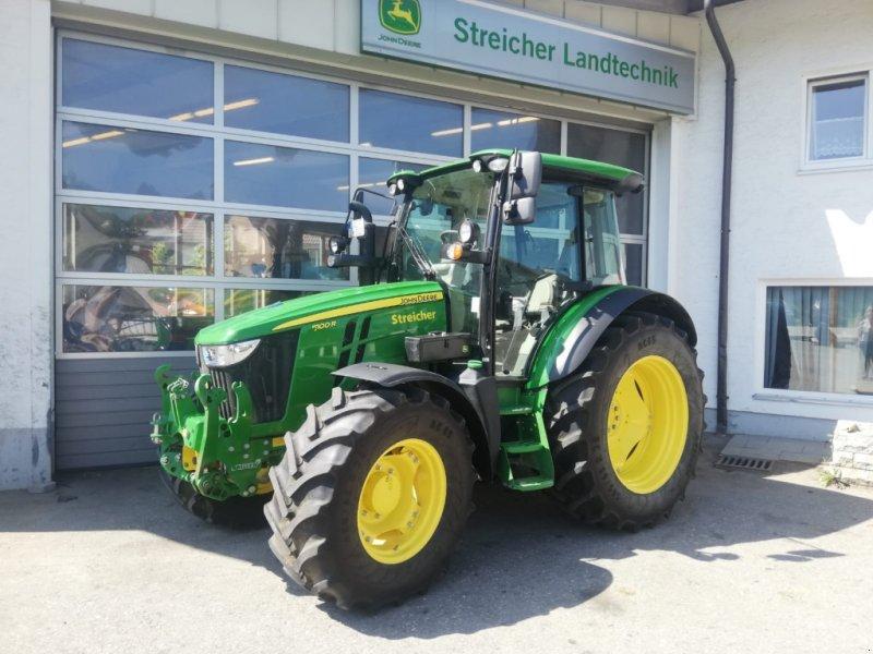 Traktor des Typs John Deere 5100R / 5100 R, Gebrauchtmaschine in Günzach (Bild 1)