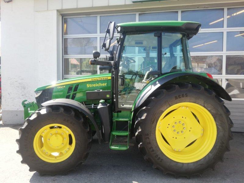 Traktor des Typs John Deere 5100R / 5100 R, Gebrauchtmaschine in Günzach (Bild 2)