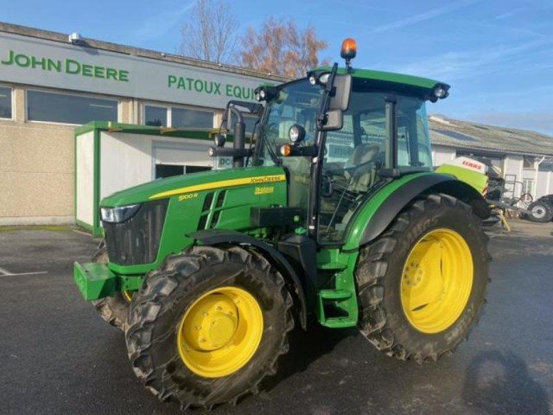 Traktor des Typs John Deere 5100R, Gebrauchtmaschine in Wargnies Le Grand (Bild 1)