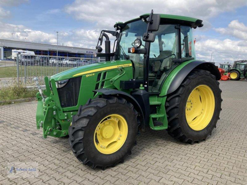 Traktor des Typs John Deere 5100R, Gebrauchtmaschine in Simmern (Bild 1)
