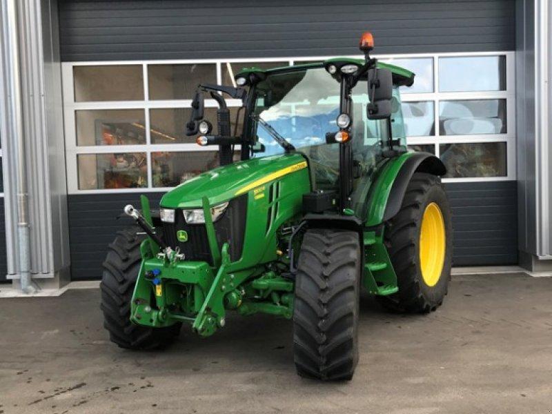 Traktor des Typs John Deere 5100R, Gebrauchtmaschine in Henau (Bild 1)