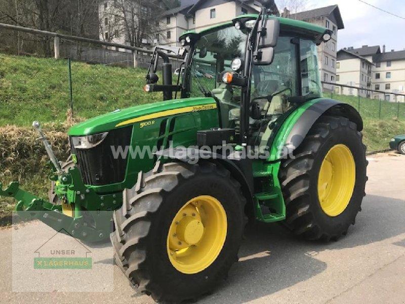 Traktor des Typs John Deere 5100R, Vorführmaschine in Waidhofen a. d. Ybbs (Bild 1)