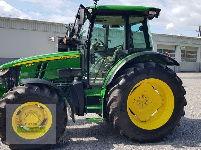 Traktor des Typs John Deere 5125R, Gebrauchtmaschine in Wies (Bild 1)
