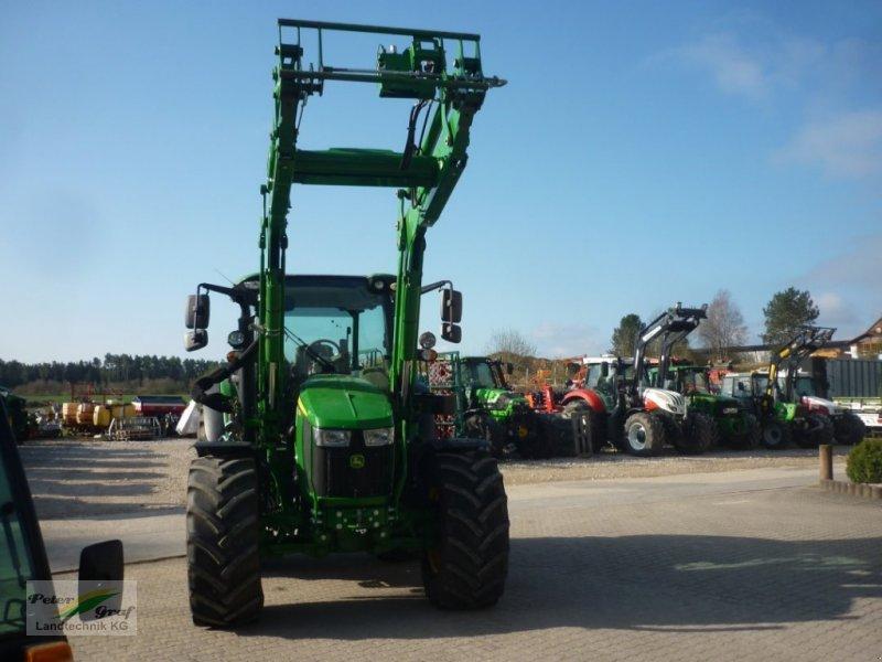 Traktor типа John Deere 5125R, Gebrauchtmaschine в Pegnitz-Bronn (Фотография 1)