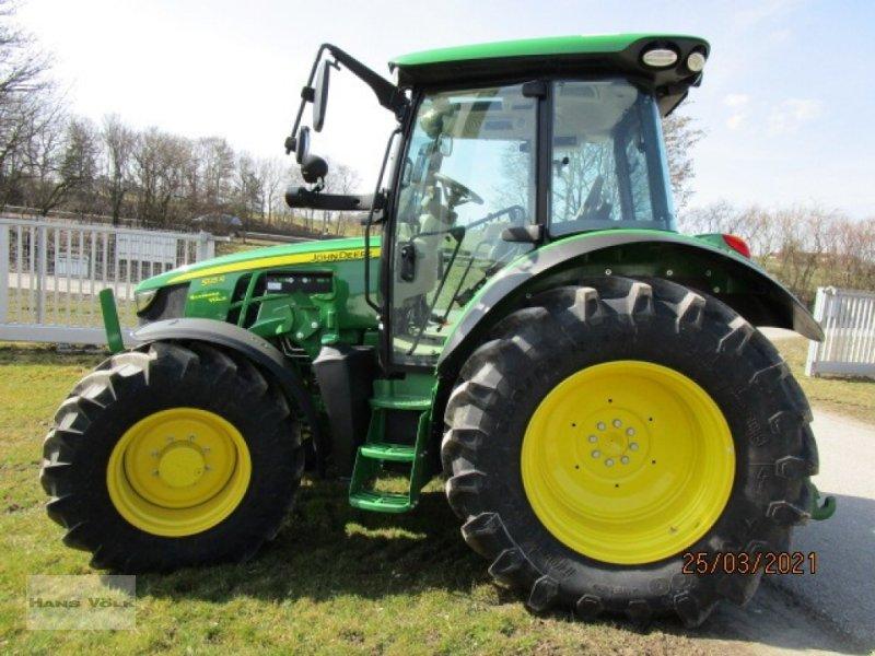Traktor типа John Deere 5125R, Neumaschine в Soyen (Фотография 1)