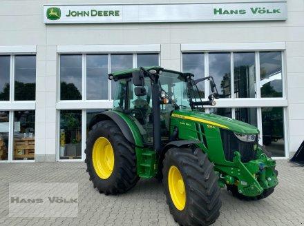 Traktor des Typs John Deere 5125R, Neumaschine in Eching (Bild 1)