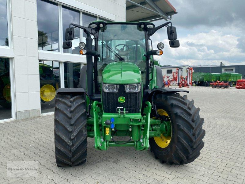 Traktor des Typs John Deere 5125R, Neumaschine in Eching (Bild 2)