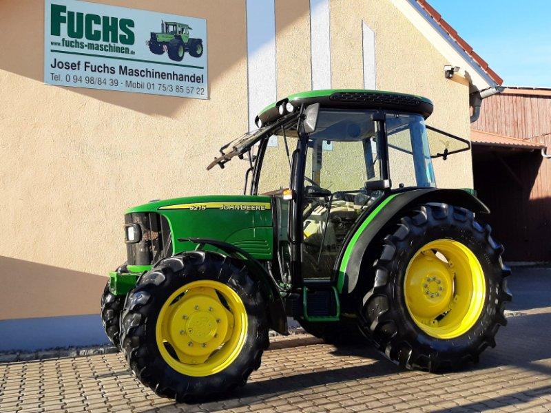 Traktor des Typs John Deere 5215, Gebrauchtmaschine in Laaber (Bild 1)