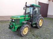 John Deere 5500N Traktor