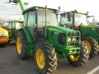 Traktor del tipo John Deere 5620 en Logroño la Rioja