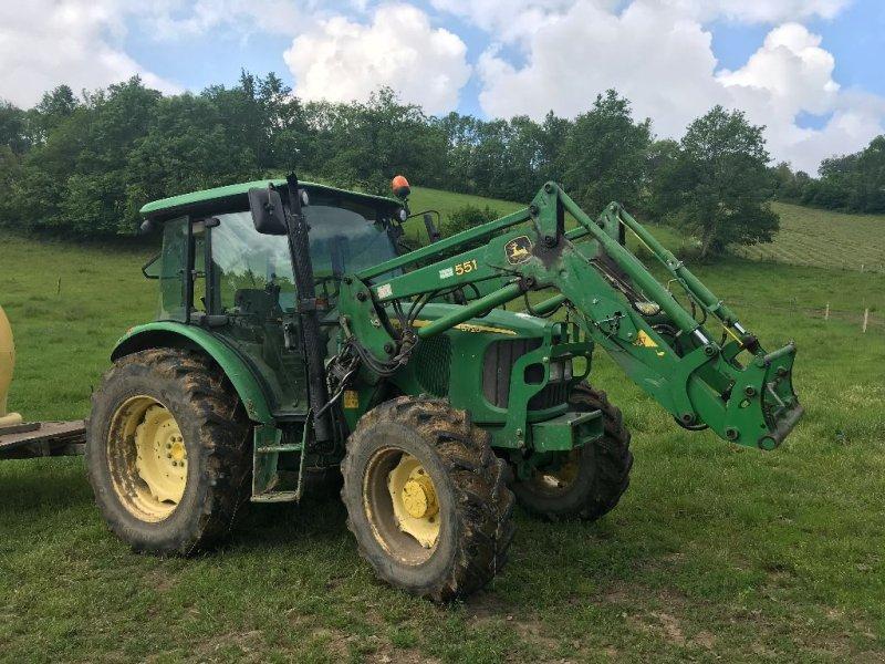 Traktor du type John Deere 5720, Gebrauchtmaschine en ST MARTIN EN HAUT (Photo 1)