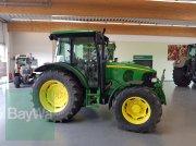 Traktor des Typs John Deere 5720, Gebrauchtmaschine in Bamberg