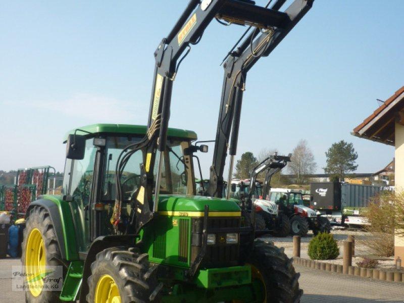 Traktor des Typs John Deere 6010 SE, Gebrauchtmaschine in Pegnitz-Bronn (Bild 1)