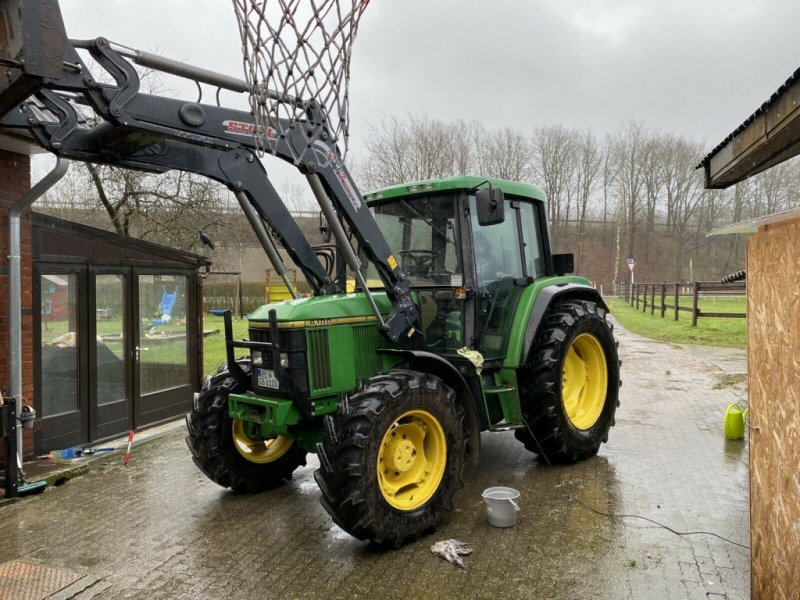 Traktor типа John Deere 6100, Gebrauchtmaschine в Eggersdorf (Фотография 1)