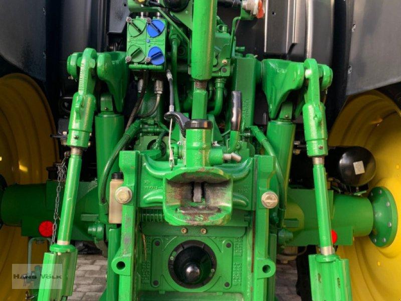 Traktor des Typs John Deere 6105 R, Gebrauchtmaschine in Eching (Bild 8)