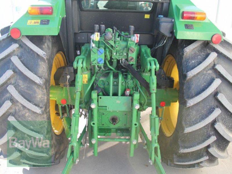 Traktor des Typs John Deere 6105 RC, Gebrauchtmaschine in Straubing (Bild 8)