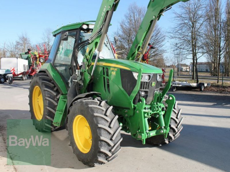 Traktor des Typs John Deere 6105 RC, Gebrauchtmaschine in Straubing (Bild 3)