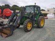 Traktor des Typs John Deere 6110 PREMIUM, Gebrauchtmaschine in LES ESSARTS