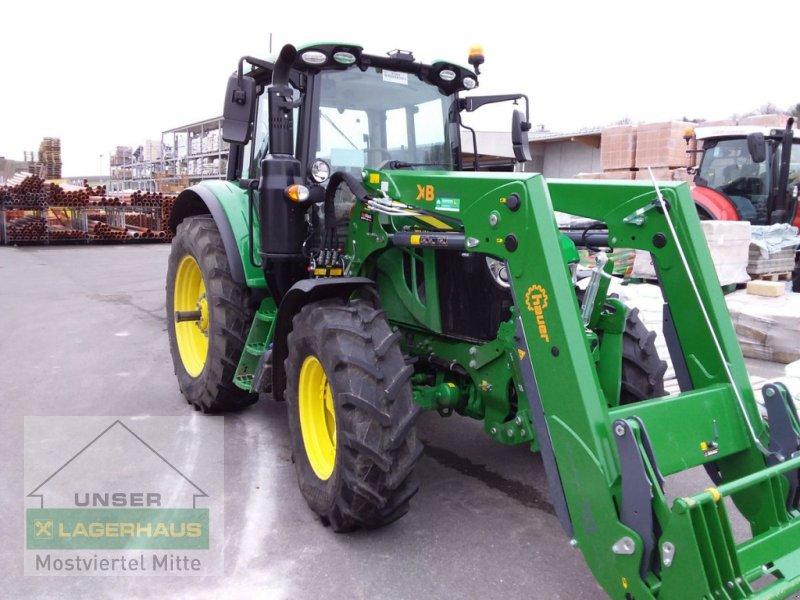 Traktor des Typs John Deere 6110M Premium, Vorführmaschine in Bergland (Bild 1)