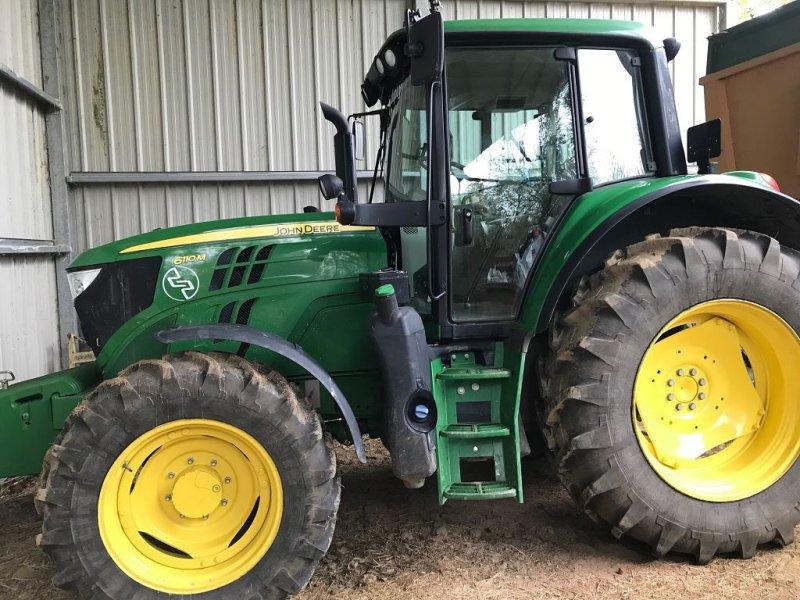 Traktor des Typs John Deere 6110M, Gebrauchtmaschine in MIELAN (Bild 1)