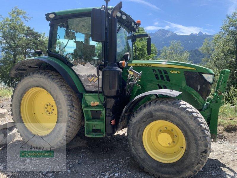 Traktor типа John Deere 6110R, Gebrauchtmaschine в Schlitters (Фотография 1)
