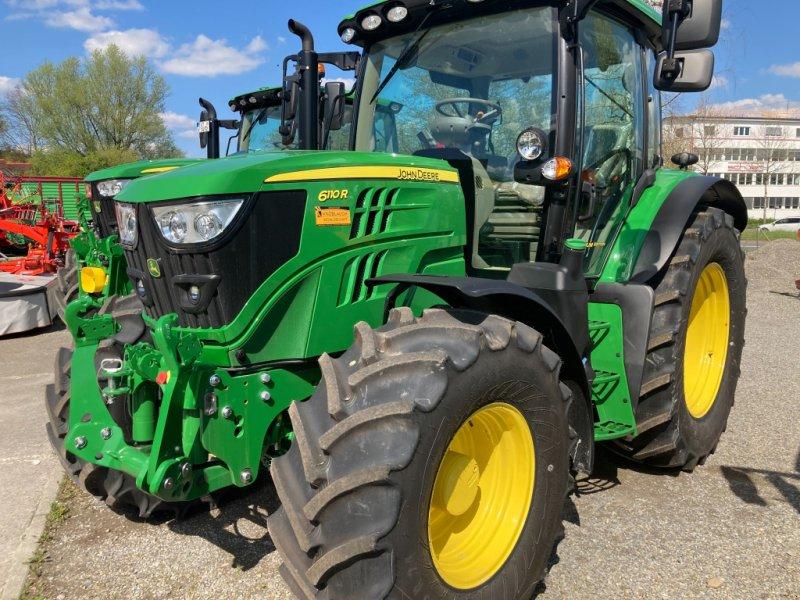 Traktor des Typs John Deere 6110R, Neumaschine in Ravensburg (Bild 1)