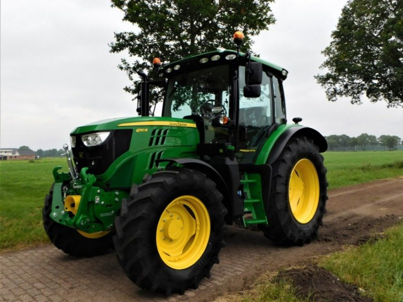 Traktor tipa John Deere 6110R, Gebrauchtmaschine u Staphorst (Slika 1)