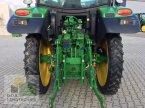 Traktor des Typs John Deere 6110R in Regensburg