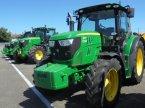 Traktor des Typs John Deere 6115 R en Logroño la Rioja