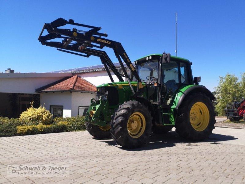 Traktor типа John Deere 6120 Premium, Gebrauchtmaschine в Fünfstetten (Фотография 1)