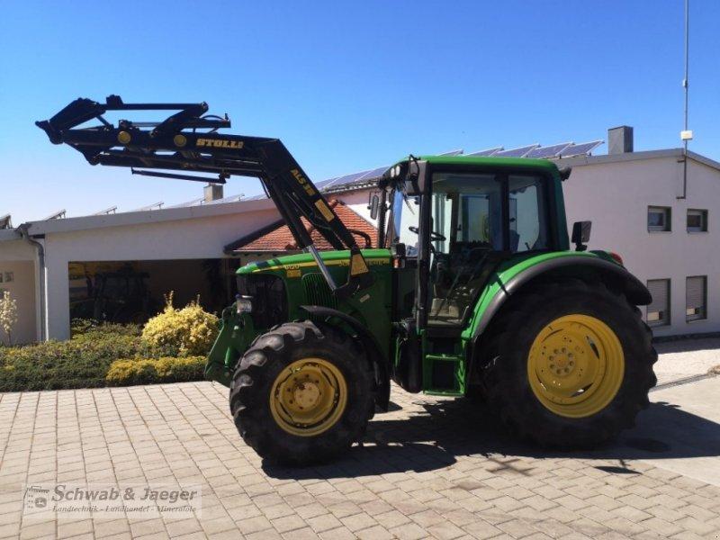 Traktor типа John Deere 6120 Premium, Gebrauchtmaschine в Fünfstetten (Фотография 2)