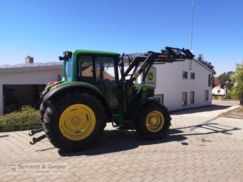 Traktor типа John Deere 6120 Premium, Gebrauchtmaschine в Fünfstetten (Фотография 3)
