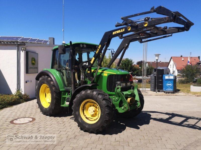 Traktor типа John Deere 6120 Premium, Gebrauchtmaschine в Fünfstetten (Фотография 6)
