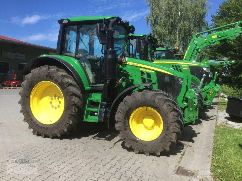 Traktor des Typs John Deere 6120M (MY20), Neumaschine in Erding (Bild 1)