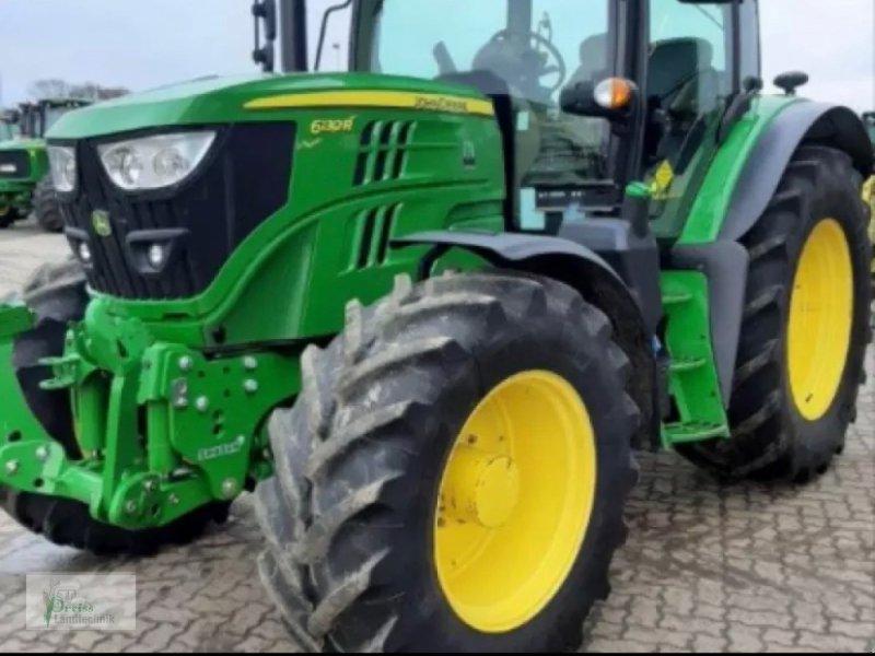 Traktor типа John Deere 6130 R, Gebrauchtmaschine в Bad Kötzting (Фотография 1)