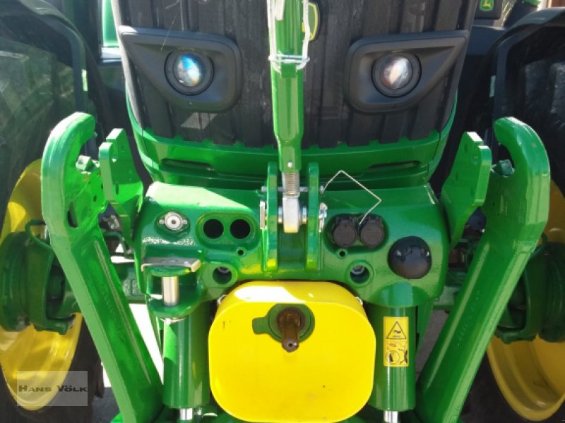 Traktor des Typs John Deere 6130 R, Gebrauchtmaschine in Schwabmünchen (Bild 3)