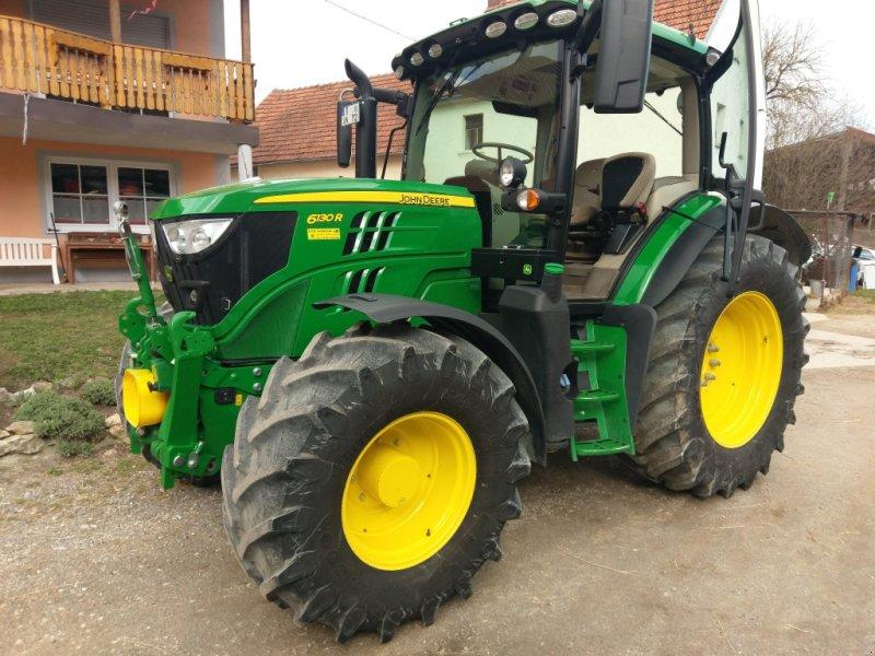 Traktor des Typs John Deere 6130 R, Gebrauchtmaschine in Regenstauf (Bild 1)
