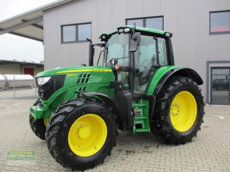 Traktor des Typs John Deere 6130M, Neumaschine in Büren (Bild 1)