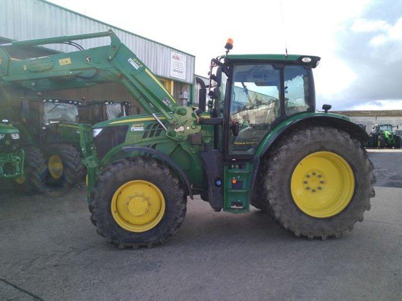 Traktor типа John Deere 6135 R, Gebrauchtmaschine в BOSC LE HARD (Фотография 1)