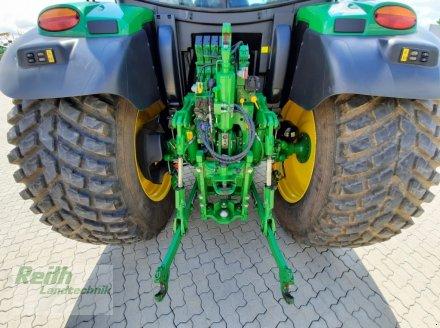 Traktor типа John Deere 6135 R, Gebrauchtmaschine в Langweid am Lech  (Фотография 5)