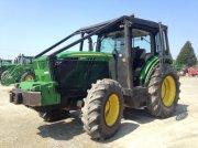 John Deere 6150R FORET Traktor