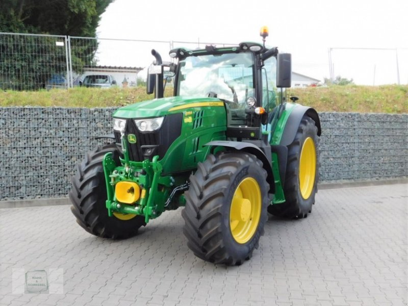 Traktor des Typs John Deere 6155 R, Neumaschine in Gross-Bieberau (Bild 1)