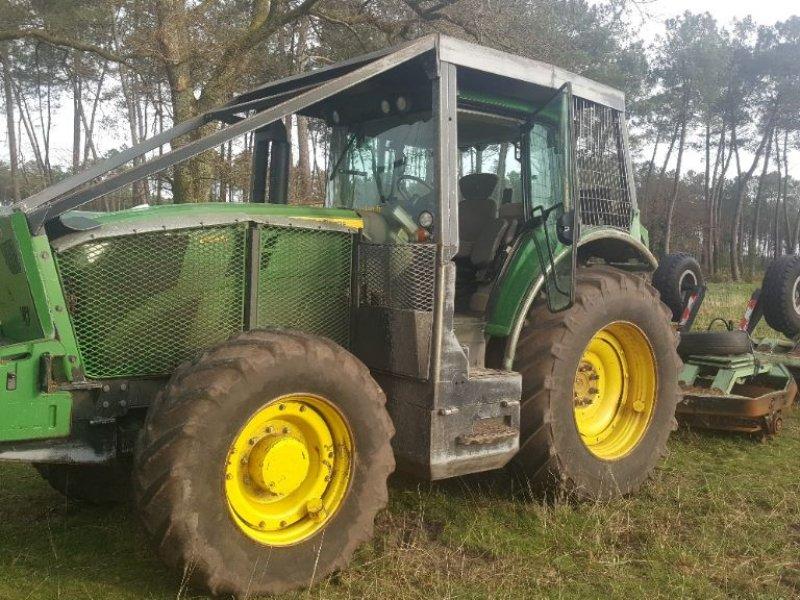 Traktor des Typs John Deere 6155M, Gebrauchtmaschine in CASTETIS (Bild 1)