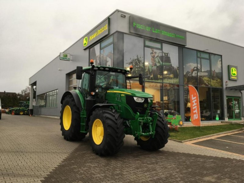 Traktor des Typs John Deere 6155R Premium-E MY21, Neumaschine in Worms (Bild 1)