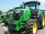Traktor des Typs John Deere 6190 R en Logroño la Rioja