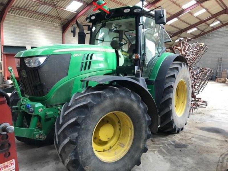 Traktor des Typs John Deere 6190R, Gebrauchtmaschine in PITHIVIERS Cedex (Bild 1)