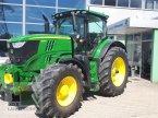 Traktor des Typs John Deere 6195 R in Regensburg